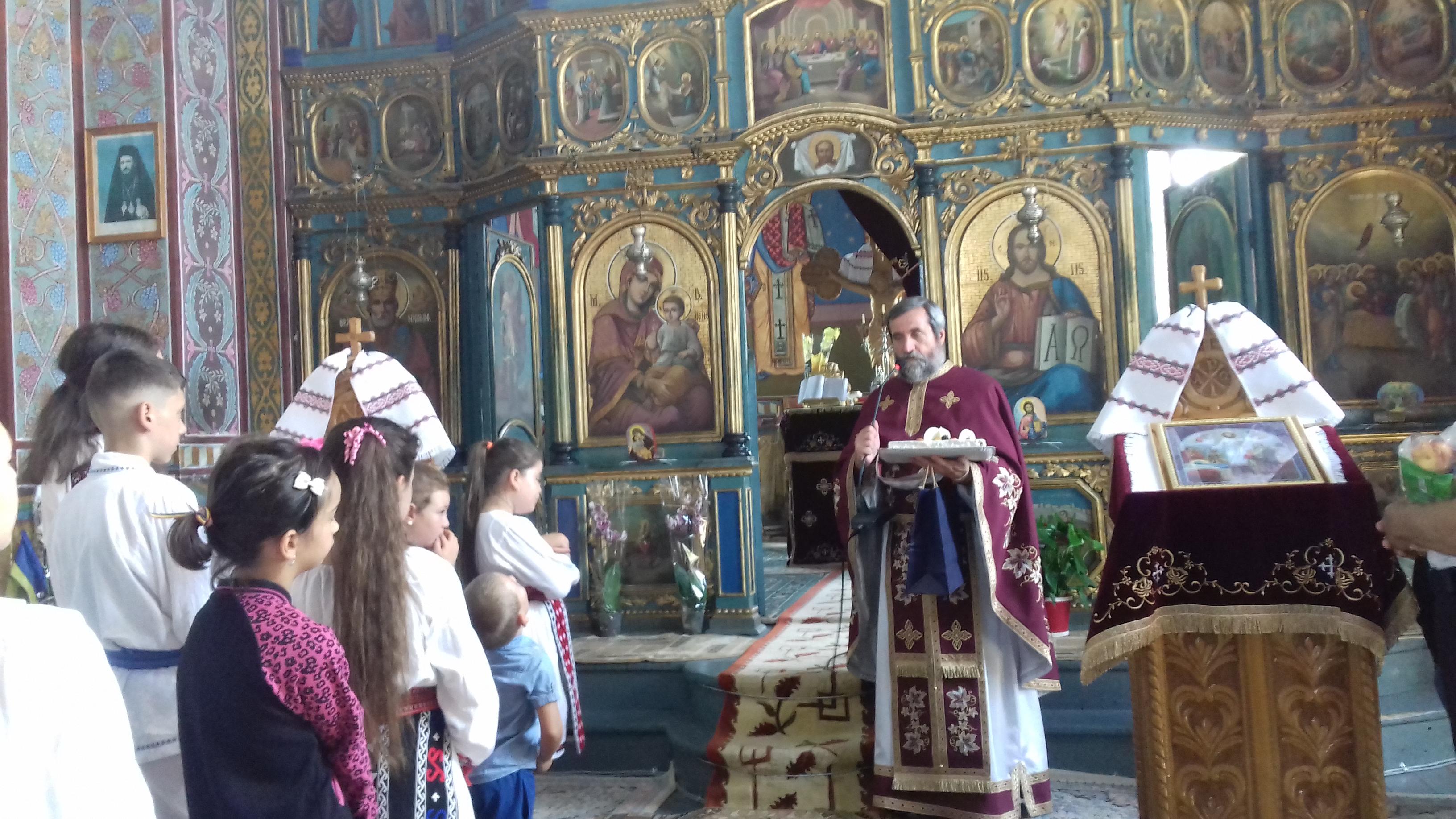 <span class='titlu2'>BRĂILA</span>  Sărbătoare la zi mare – hramul bisericii din satul Unirea
